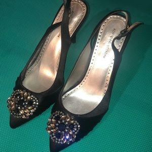 Euc beaded size 10 black Adrienne vitadini heels